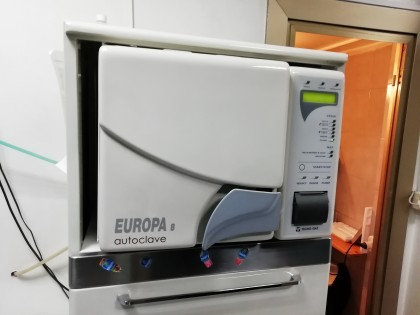 Fig 1 - Fig 1 - LOTTO 3) AUTOCLAVE EUROPA B