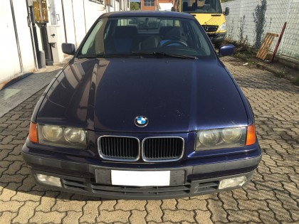 Fig 1 - Fig 2 - (Lotto n.1) Autovettura BMW 31...