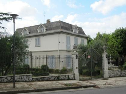 Fig 1 - Fig 1 - villa liberty con piscina e gi...