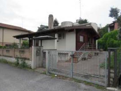 Fig 1 - Fig 1 - Piena proprietà di una villa s...