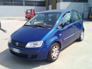Fig 1 - Fig 2 - autovettura FIAT IDEA, ANNO 20...