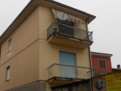 Fig 1 - Fig 1 - Appartamento sito al piano sec...