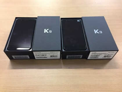 Fig 1 - Fig 2 - (Lotto n.3) 2 Smartphone marca...