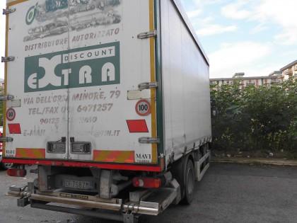 Fig 1 - Fig 1 - autocarro per trasporto merci...