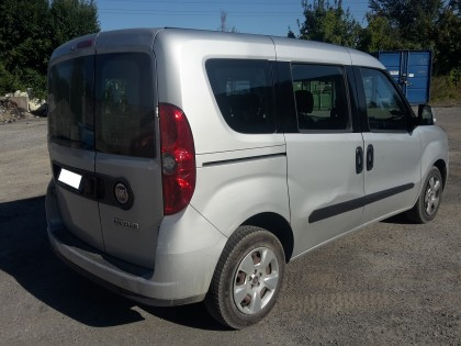 Fig 1 - Fig 3 - (Lotto n.1) - Autocarro marca...