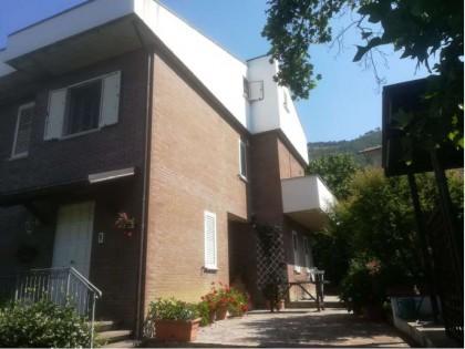 Fig 1 - Fig 2 - Villetta residenziale sita a G...