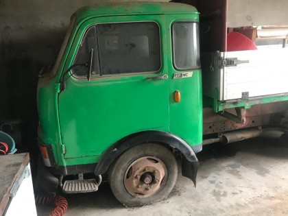 Fig 1 - Fig 1 - veicolo FIAT 40/NCA targato AP...
