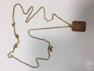 Collana in oro con ciondolo rettangolare fiore plico 2-3c.JPG