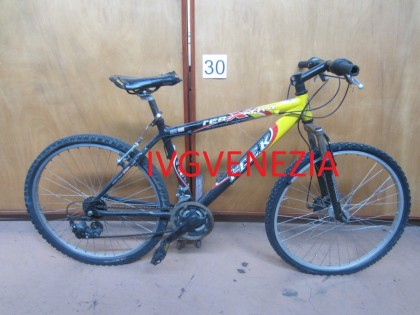Fig 1 - Fig 1 - Lotto 30 - 06 biciclette vario...