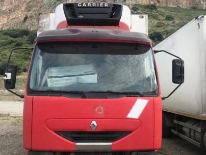Fig 1 - Fig 1 - furgone Renault targato CF835Z...