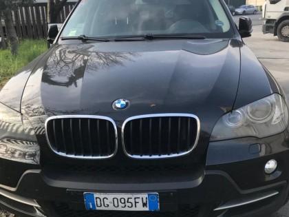 Fig 1 - Fig 1 - BMW X5 targa DG095FW