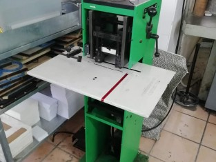 Fig 1 - Fig 1 - Fotocopiatrice e spillatrice