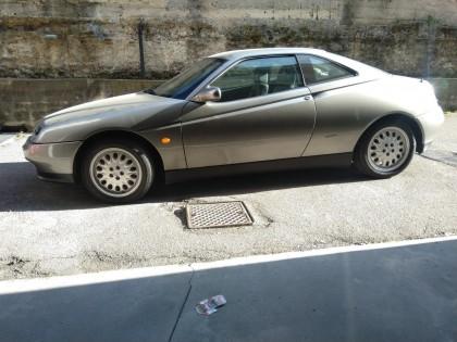 Fig 1 - Fig 1 - Autovettura ALFA ROMEO GTV 200...