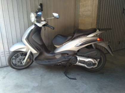 Fig 1 - Fig 1 - Motociclo PIAGGIO BEVERLY 500...