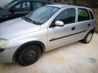 Fig 1 - Fig 1 - LOTTO 6 - Opel Corsa targata C...
