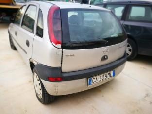 Fig 1 - Fig 2 - LOTTO 6 - Opel Corsa targata C...