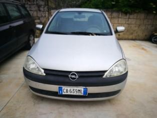Fig 1 - Fig 3 - LOTTO 6 - Opel Corsa targata C...