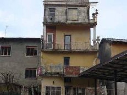 Fig 1 - Fig 1 - Lotto: Fabbricatino sui pp. te...