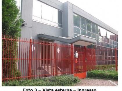 Fig 1 - Fig 2 - LOTTO 1: Opificio sito in Sama...