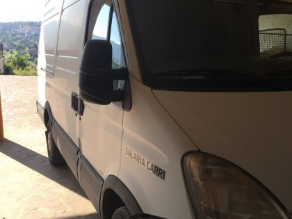 Fig 1 - Fig 1 - Furgone Iveco Daily, KW 85, po...