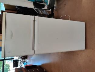 Fig 1 - Fig 1 - Art.551frigorifero congelator...