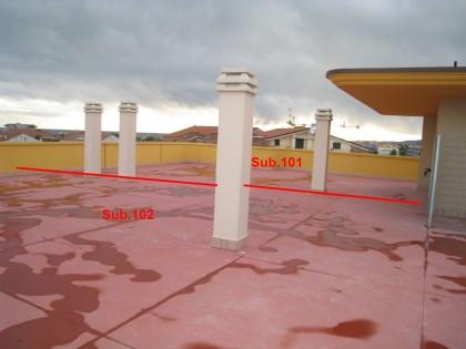 Fig 1 - Fig 1 - Lastrico solare e posto auto e...