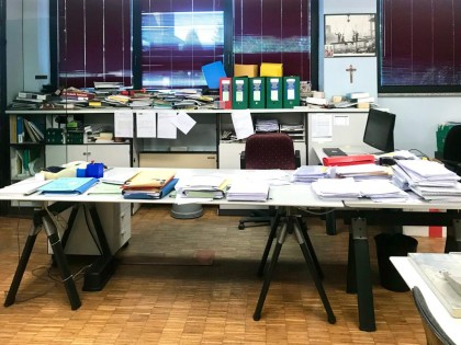 Fig 1 - Fig 1 - Arredi ufficio