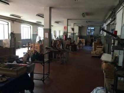 Fig 1 - Fig 3 - Laboratorio artigianale posto...