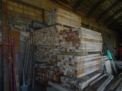 Fig 1 - Fig 1 - n. 38 travetti in legno - misu...