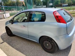 Fig 1 - Fig 3 - Autovettura Fiat Punto