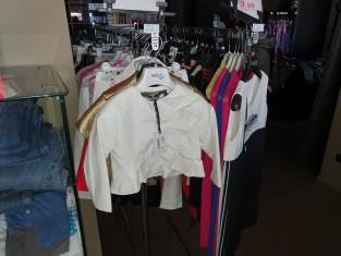 Fig 1 - Fig 2 - Lotto Abbigliamento da Bambina