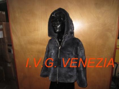 Fig 1 - Fig 1 - 01 capospalla giacca con cerni...