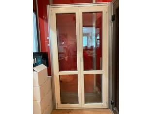 Fig 1 - Fig 2 - Lotto Porte e finestre da espo...