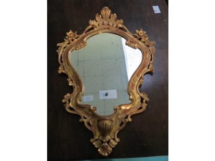 Fig 1 - Fig 1 - Lotto 18: Specchio sagomato, c...