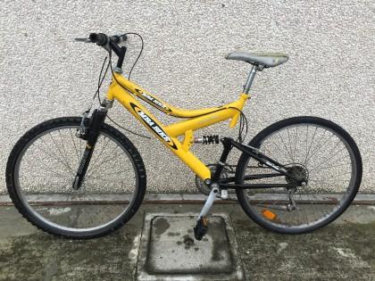 Fig 1 - Fig 1 - (Lotto n.1) Bicicletta Mountai...