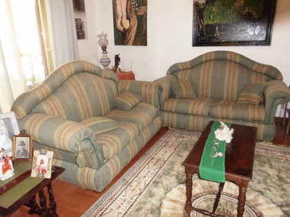 Fig 1 - Fig 1 - coppia divani in stoffa damasc...