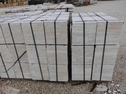 Fig 1 - Fig 1 - mq 650 marmette grezze 30x30x2...