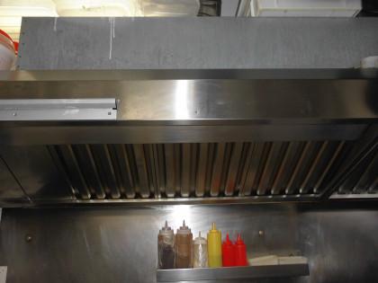 Fig 1 - Fig 1 - Cappa per cucina industriale