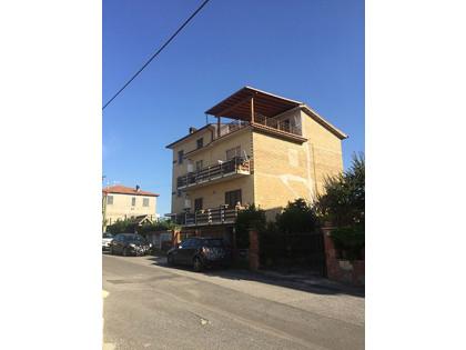Fig 1 - Fig 1 - Lotto: -appartamento di mq. 5...