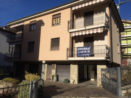 Fig 1 - Fig 1 - LOTTO 1: villa plurifamiliare...
