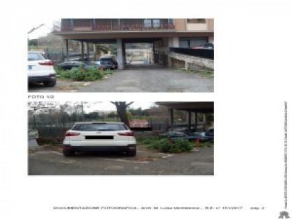 Fig 1 - Fig 1 - Piena proprietà di posto auto...