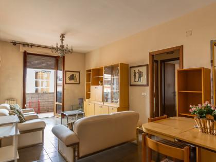 Fig 1 - Fig 3 - Appartamento di 85 mq posto al...