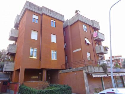 Fig 1 - Fig 1 - Appartamento di 85 mq posto al...