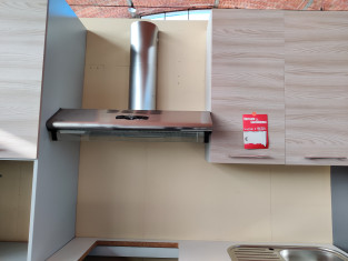 Fig 1 - Fig 2 - Cucina in laminato metri linea...