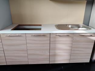 Fig 1 - Fig 3 - Cucina in laminato metri linea...