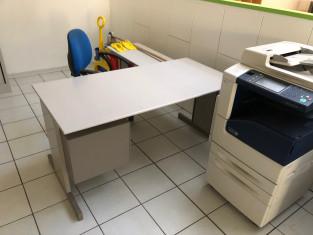 Fig 1 - Fig 3 - Arredamento per ufficio