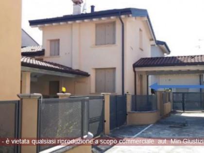 Fig 1 - Fig 1 - Villa unifamiliare e posto aut...