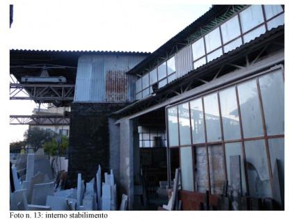 Fig 1 - Fig 1 - Lotto: tettoia e corte esterna...