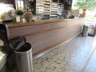 Fig 1 - Fig 1 - Arredamento vario da bar