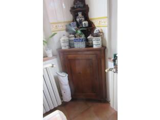 Fig 1 - Fig 2 - Arredamento vario da casa